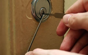 Door locks Bearsden